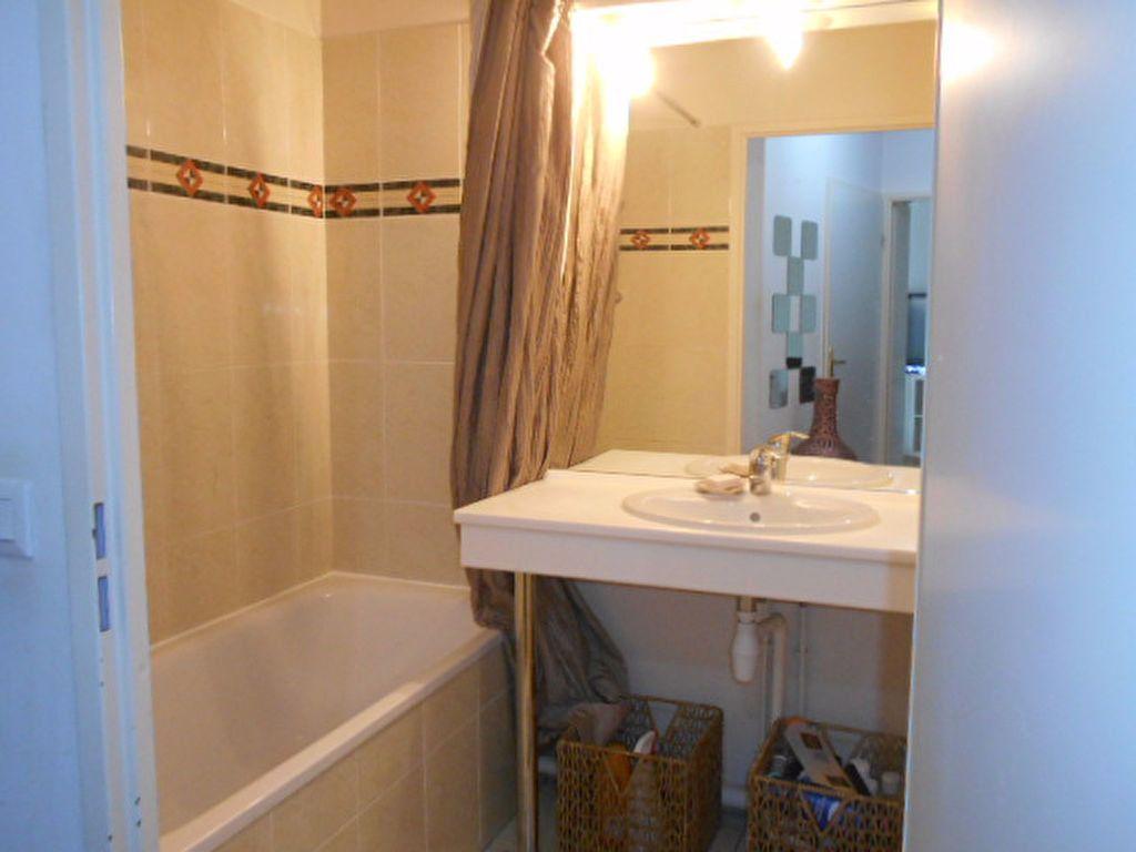 Appartement à louer 2 40.31m2 à Combs-la-Ville vignette-5