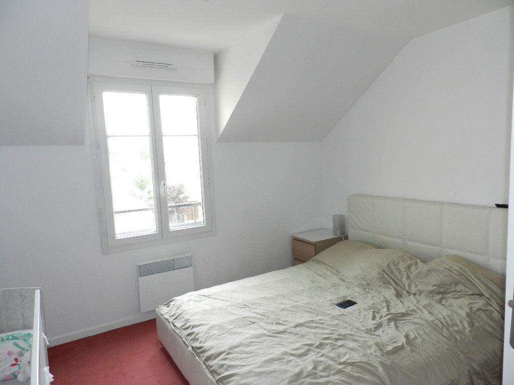Appartement à louer 3 55.6m2 à Coubert vignette-3