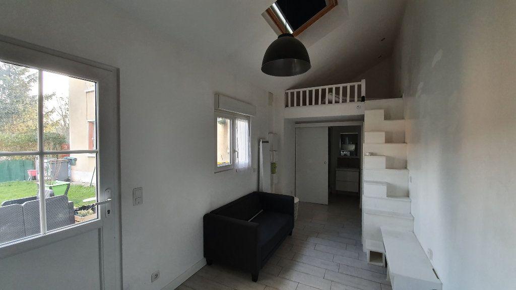 Maison à louer 1 22.45m2 à Boussy-Saint-Antoine vignette-2