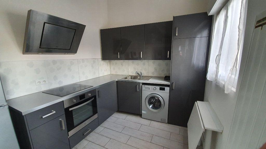 Maison à louer 1 22.45m2 à Boussy-Saint-Antoine vignette-3
