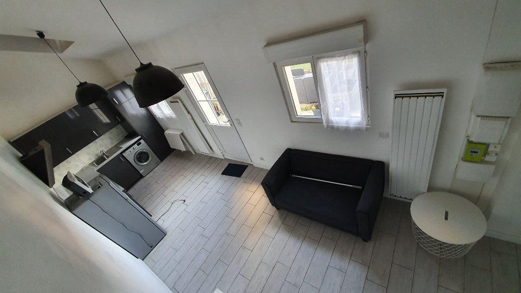Maison à louer 1 22.45m2 à Boussy-Saint-Antoine vignette-4