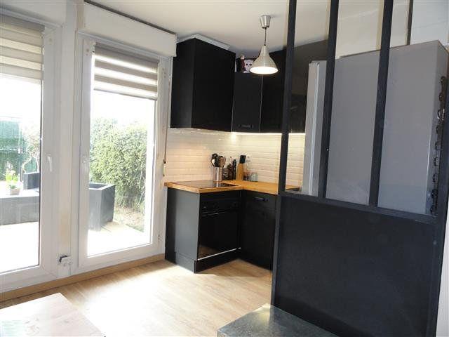 Appartement à louer 1 21.82m2 à Pontault-Combault vignette-1