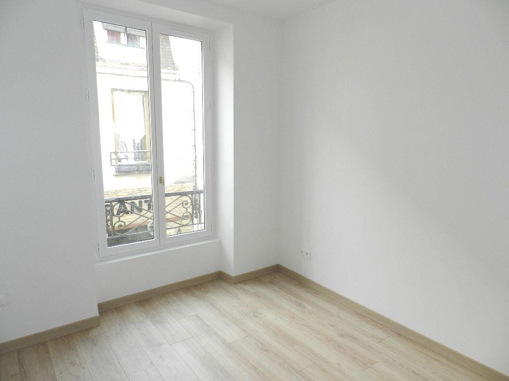 Appartement à louer 3 45.81m2 à Brie-Comte-Robert vignette-4