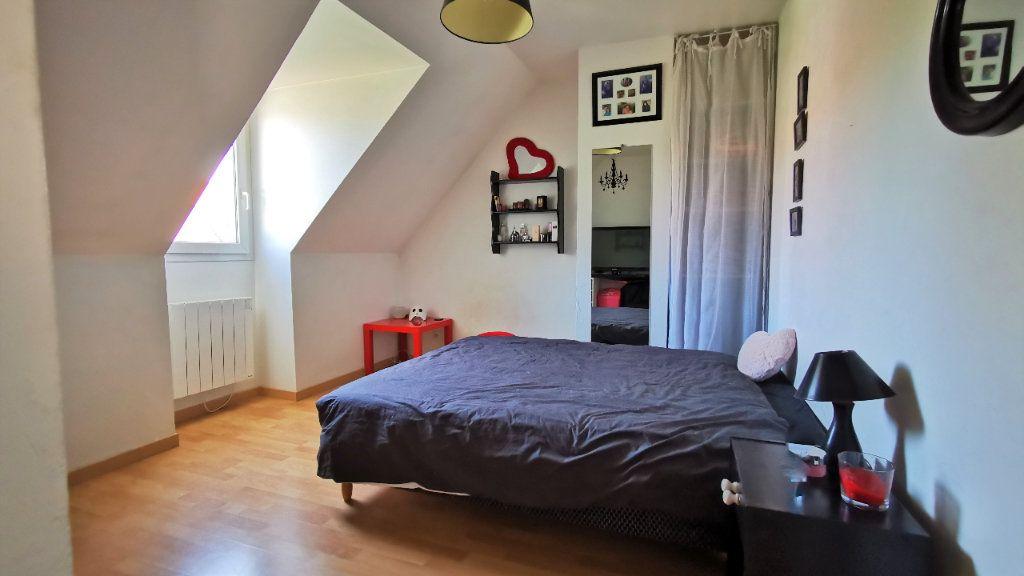 Maison à vendre 8 221.2m2 à Combs-la-Ville vignette-5