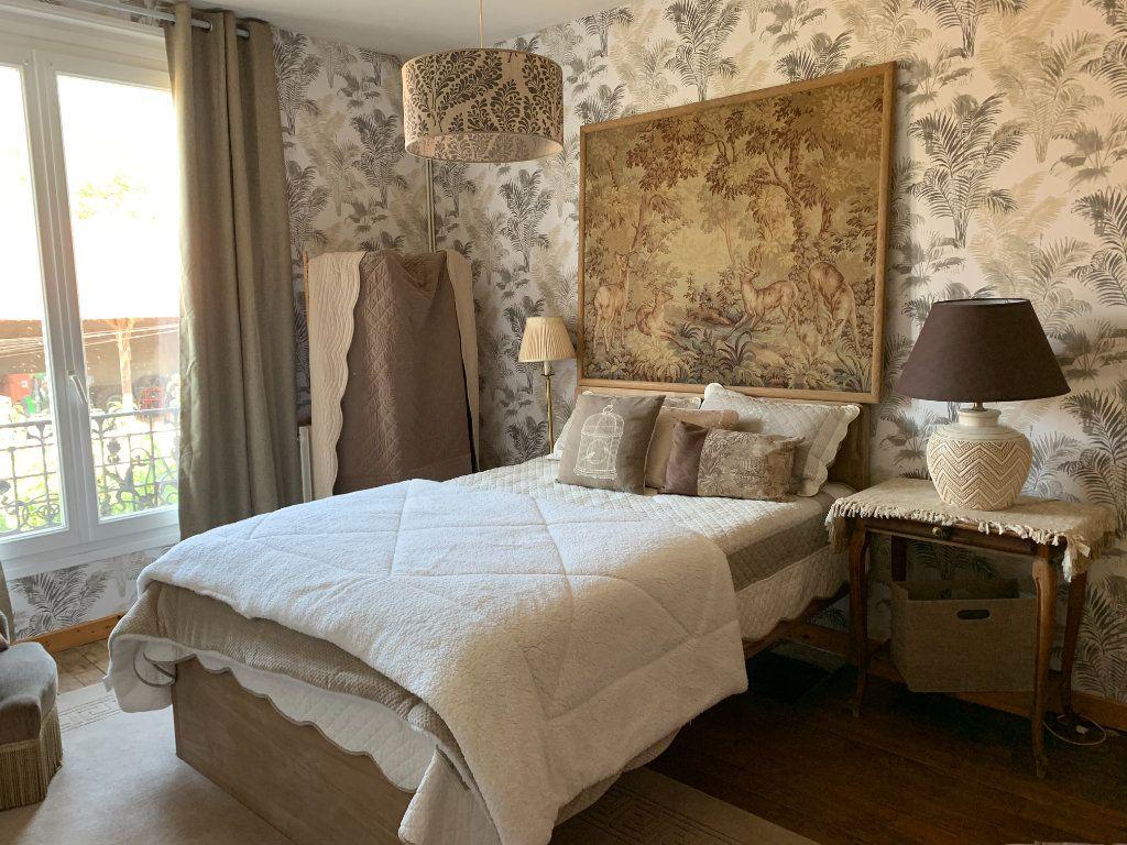 Maison à vendre 9 171m2 à Chaumes-en-Brie vignette-3