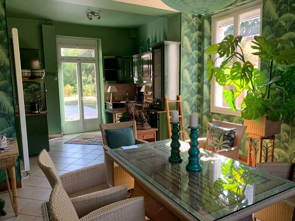 Maison à vendre 9 171m2 à Chaumes-en-Brie vignette-5