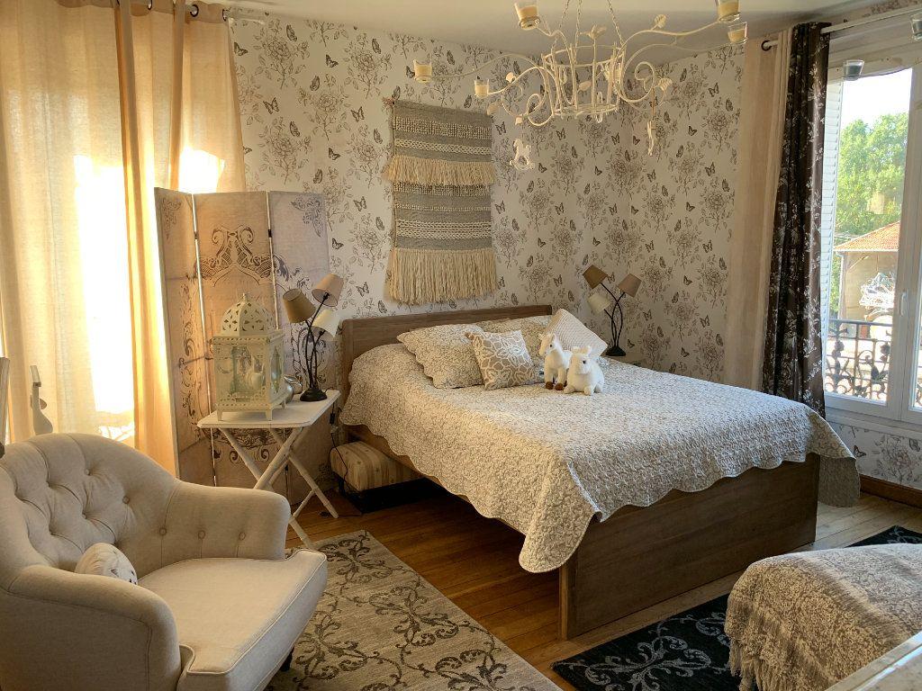 Maison à vendre 9 171m2 à Chaumes-en-Brie vignette-6