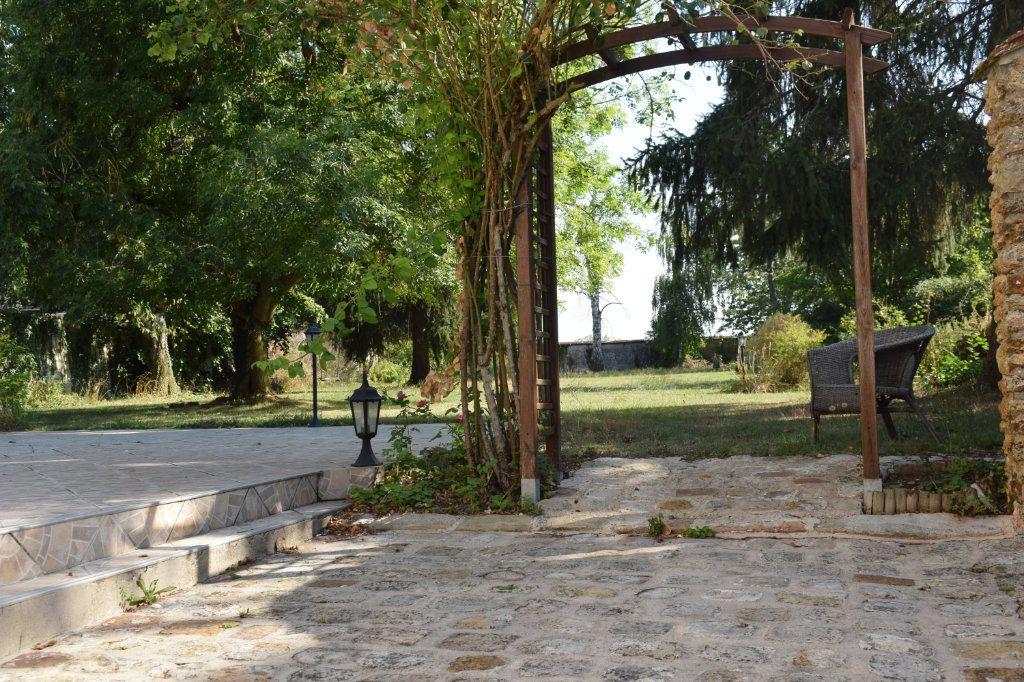 Maison à vendre 9 171m2 à Chaumes-en-Brie vignette-7