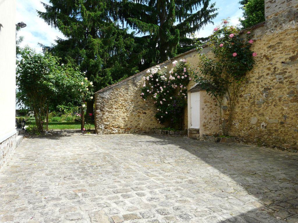 Maison à vendre 9 171m2 à Chaumes-en-Brie vignette-8