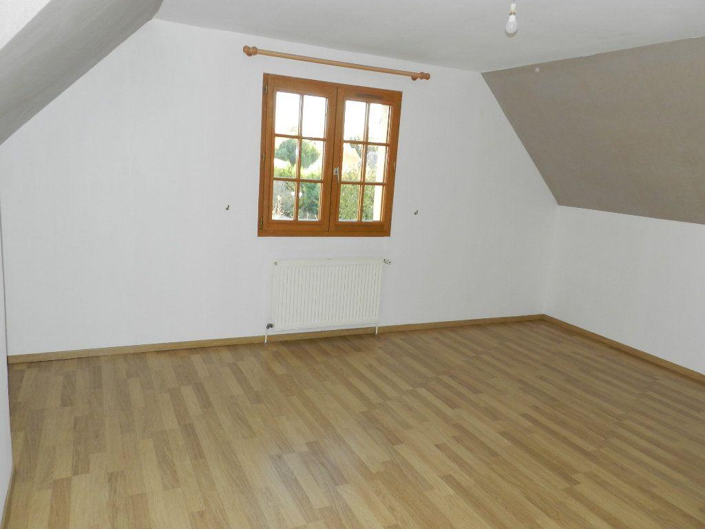 Maison à louer 6 128.04m2 à Grisy-Suisnes vignette-7