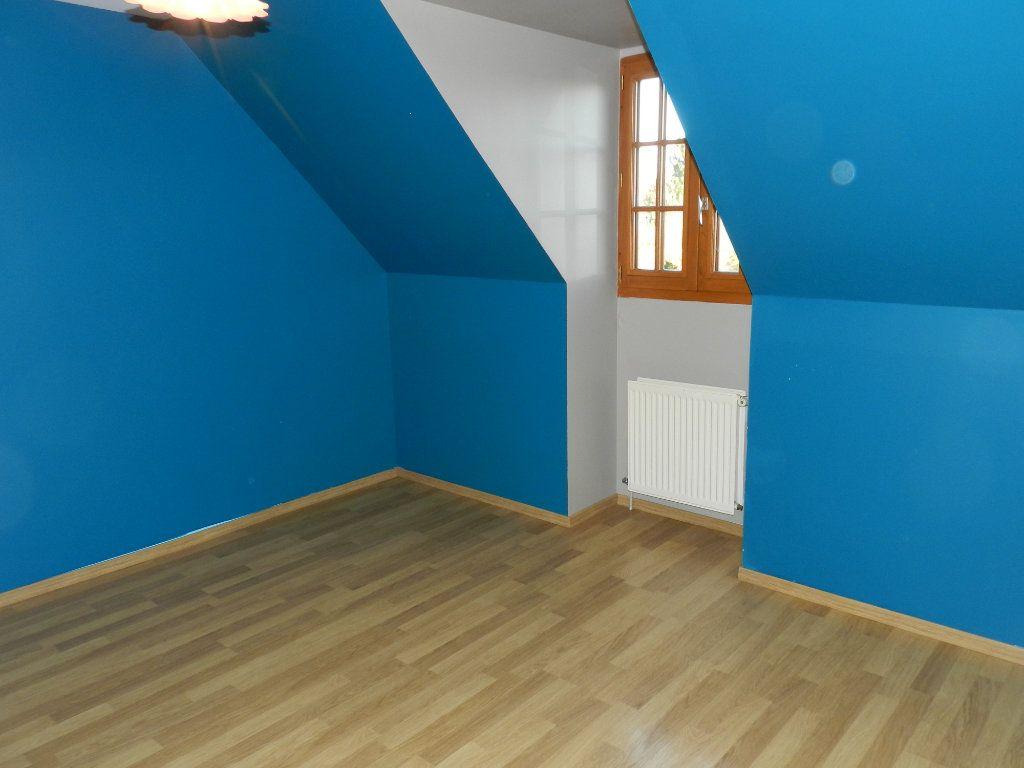 Maison à louer 6 128.04m2 à Grisy-Suisnes vignette-10