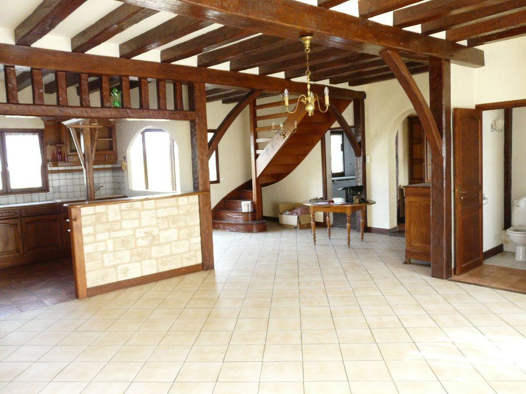 Maison à vendre 7 190m2 à Chaumes-en-Brie vignette-1
