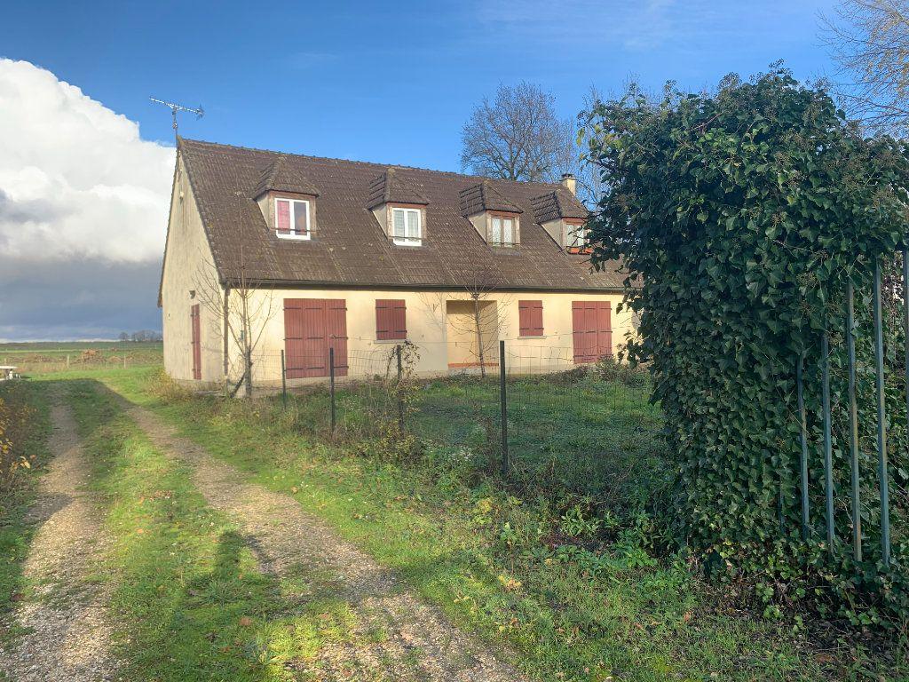 Maison à vendre 7 190m2 à Chaumes-en-Brie vignette-2