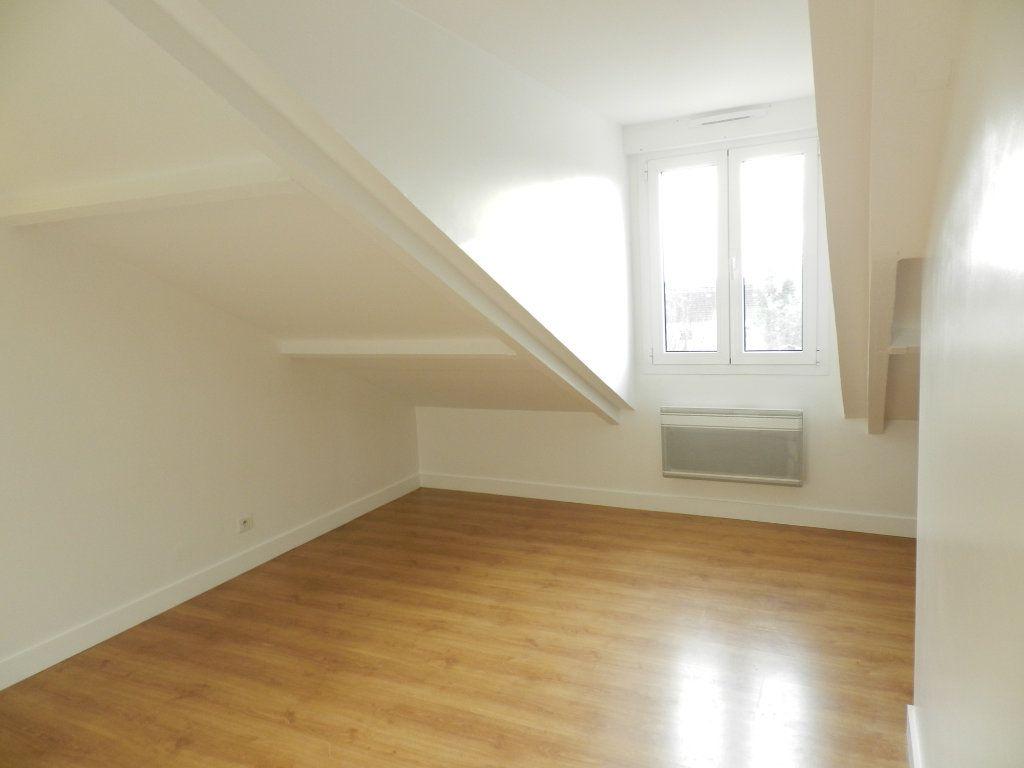 Appartement à louer 2 33.33m2 à Mandres-les-Roses vignette-4