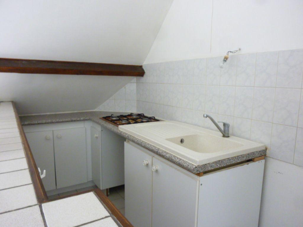 Appartement à vendre 1 28m2 à Brie-Comte-Robert vignette-4