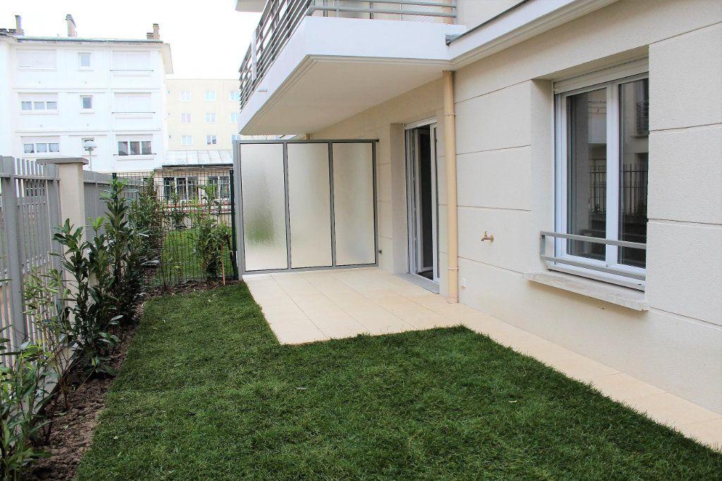 Appartement à louer 3 53m2 à Vernouillet vignette-1