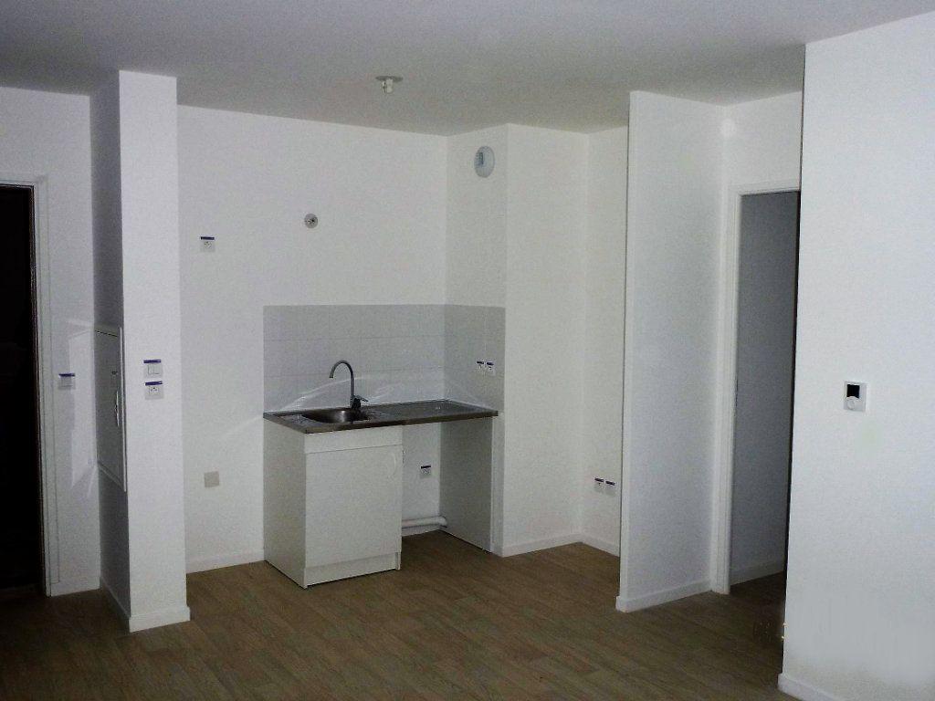 Appartement à louer 3 53m2 à Vernouillet vignette-2