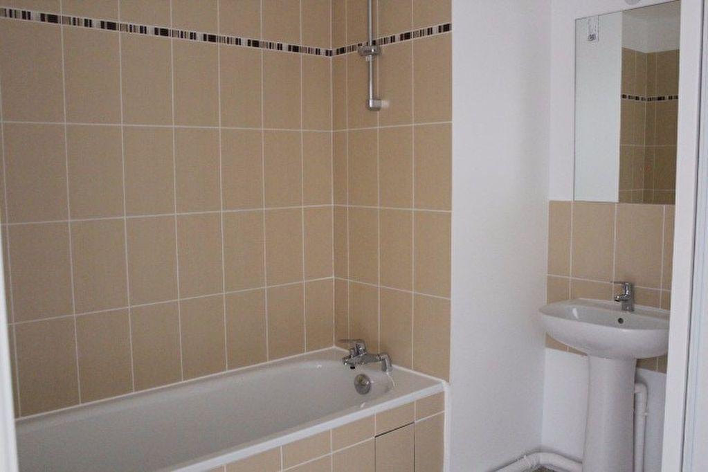 Appartement à louer 1 29.6m2 à Vernouillet vignette-3