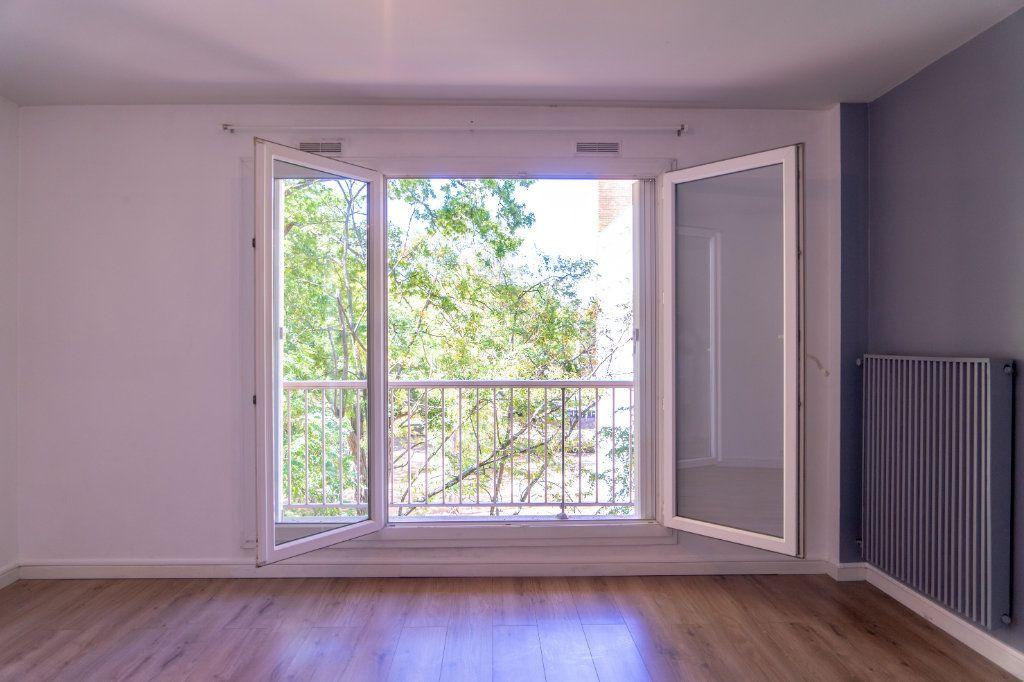 Appartement à louer 4 82m2 à Verneuil-sur-Seine vignette-2