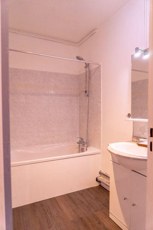 Appartement à louer 4 82m2 à Verneuil-sur-Seine vignette-8