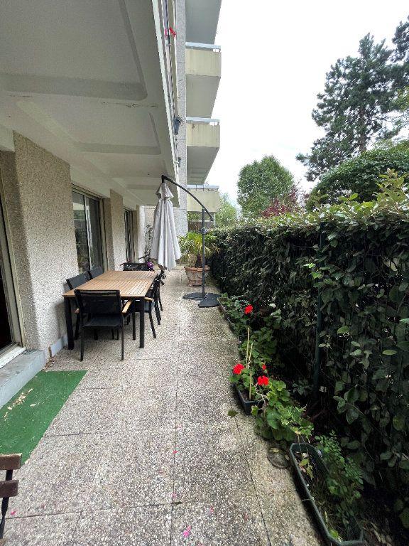 Appartement à louer 5 111.4m2 à Le Pecq vignette-6