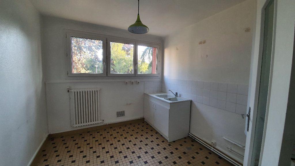 Appartement à louer 3 72.95m2 à Ecquevilly vignette-3