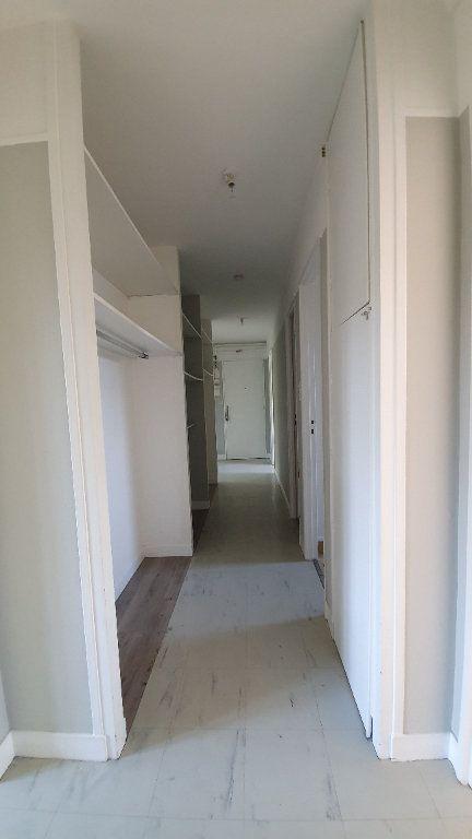 Appartement à louer 3 72.95m2 à Ecquevilly vignette-6