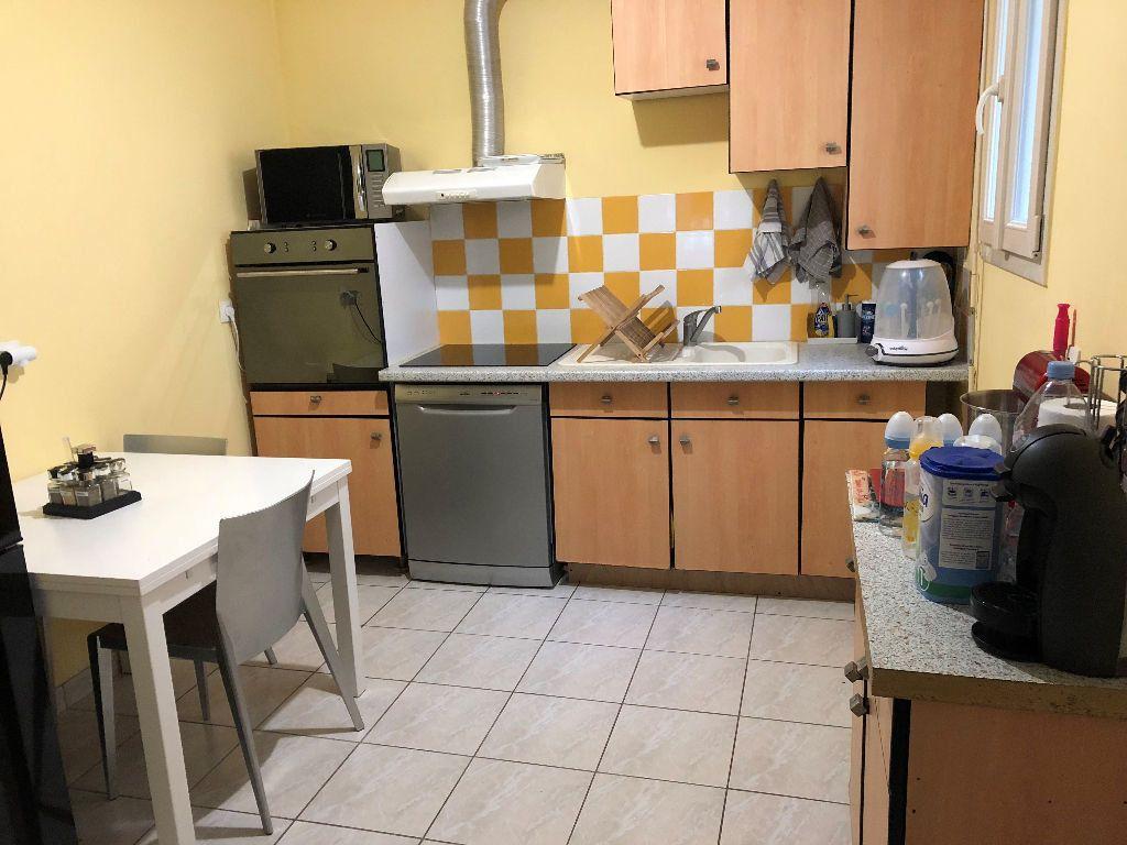 Appartement à louer 3 57.86m2 à Fontenay-Trésigny vignette-4
