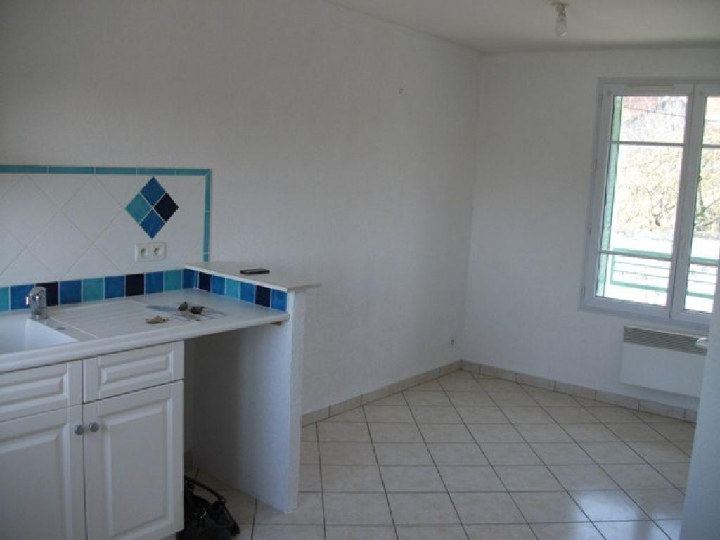 Appartement à louer 1 19.8m2 à Saint-Fiacre vignette-2