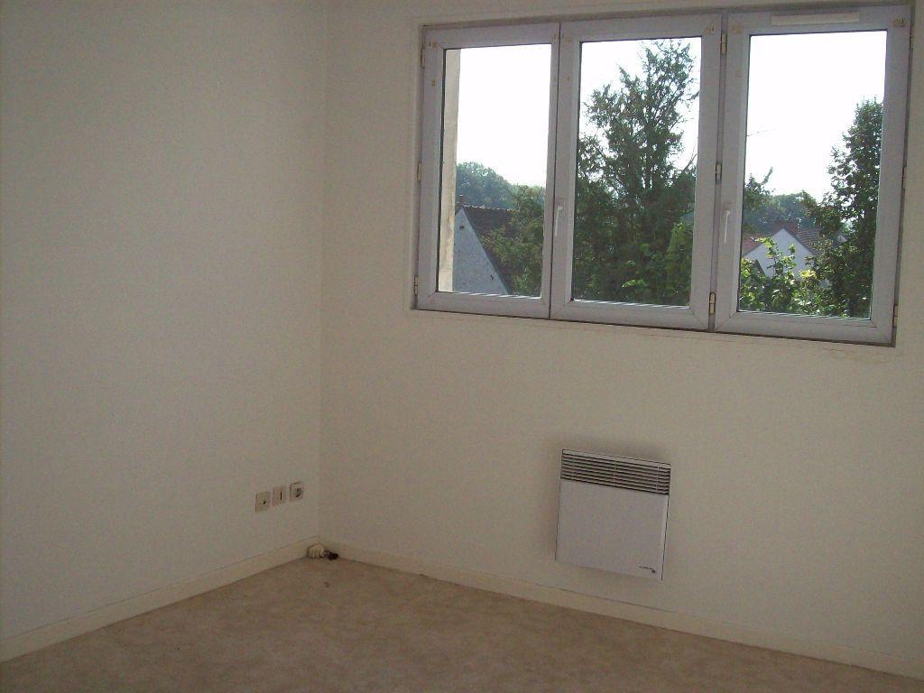 Appartement à louer 3 52.12m2 à Charly-sur-Marne vignette-2
