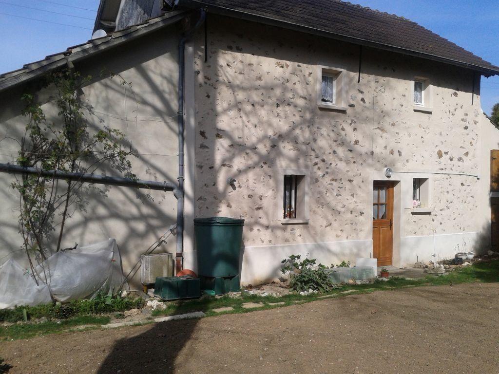 Maison à louer 4 100m2 à Germigny-sous-Coulombs vignette-2
