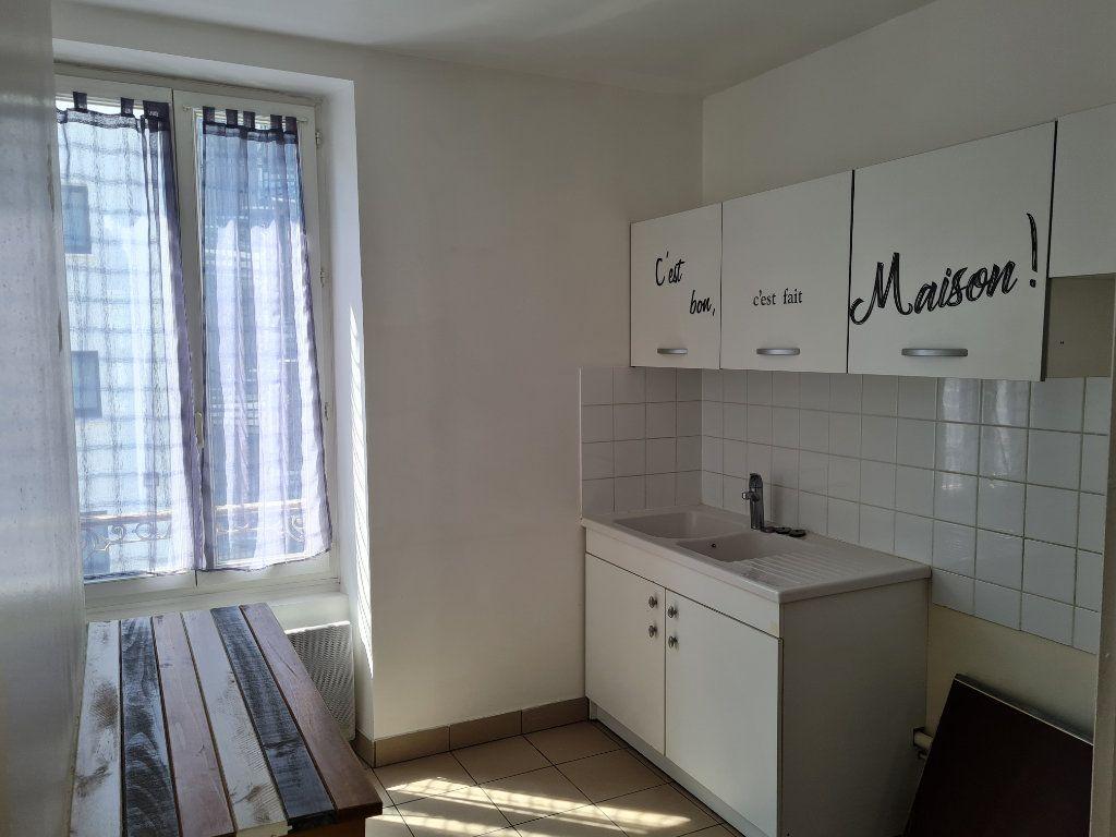 Appartement à louer 3 64.81m2 à Meaux vignette-3