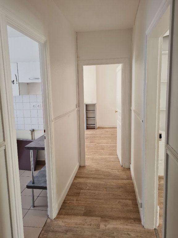 Appartement à louer 3 64.81m2 à Meaux vignette-4
