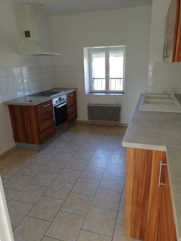 Appartement à louer 3 62.4m2 à Saâcy-sur-Marne vignette-1