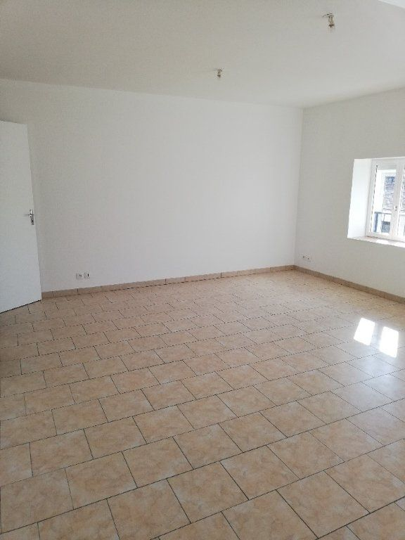 Appartement à louer 3 62.4m2 à Saâcy-sur-Marne vignette-3