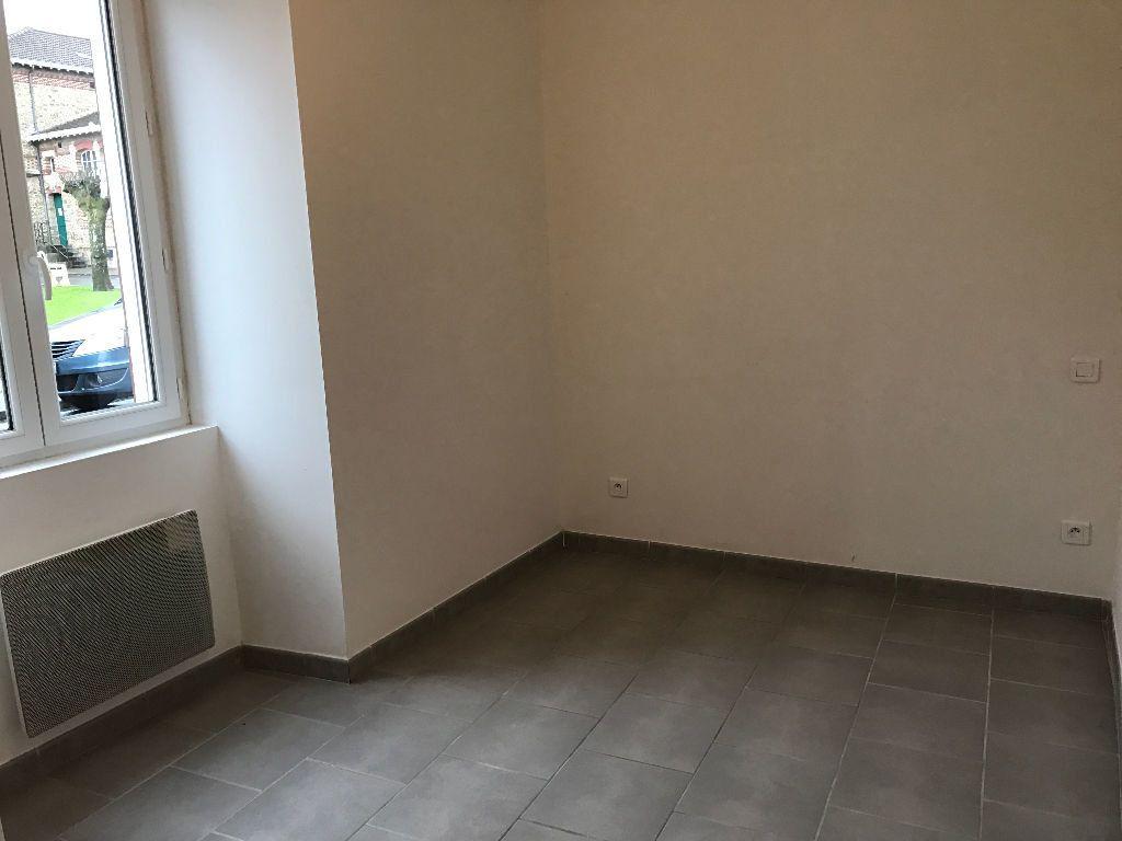 Appartement à louer 3 54.22m2 à Rebais vignette-1