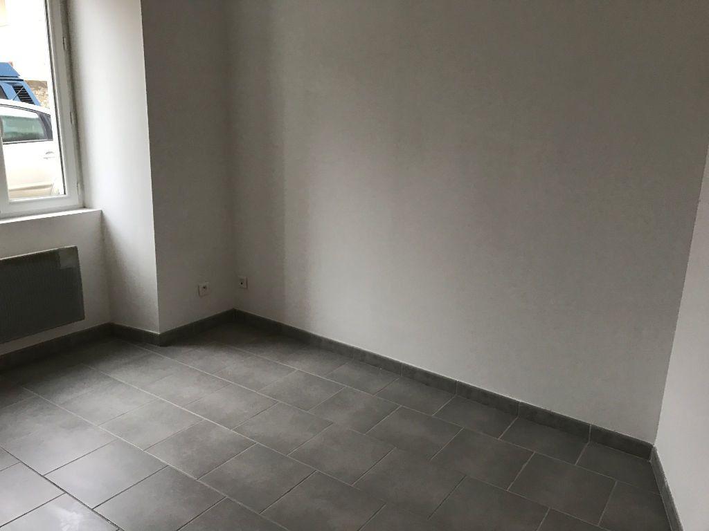 Appartement à louer 3 54.22m2 à Rebais vignette-6