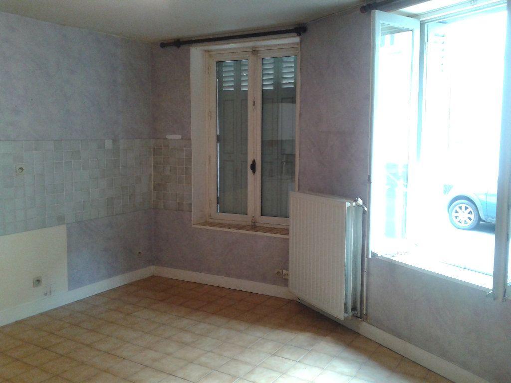 Appartement à louer 2 34.63m2 à La Ferté-sous-Jouarre vignette-3