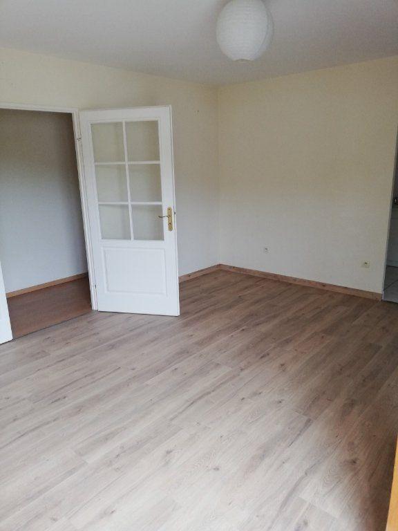 Appartement à louer 3 57.8m2 à La Ferté-sous-Jouarre vignette-3