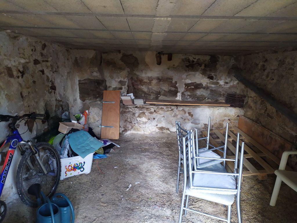 Maison à louer 4 112m2 à Crouttes-sur-Marne vignette-12