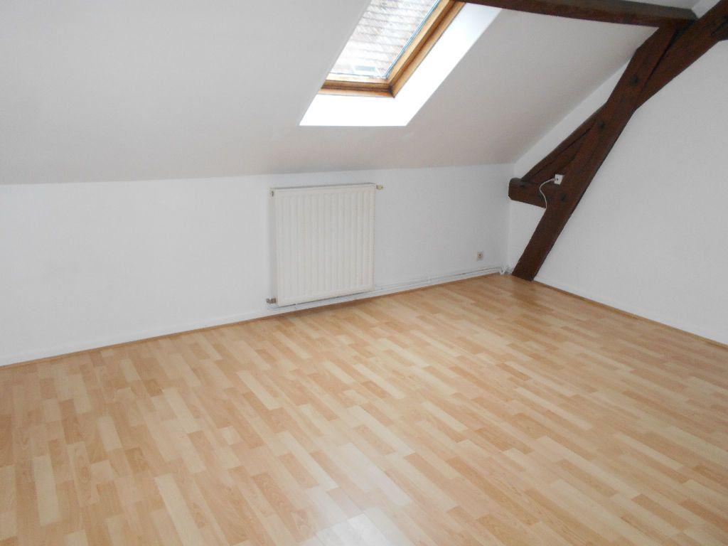 Appartement à louer 4 77m2 à Jouarre vignette-1