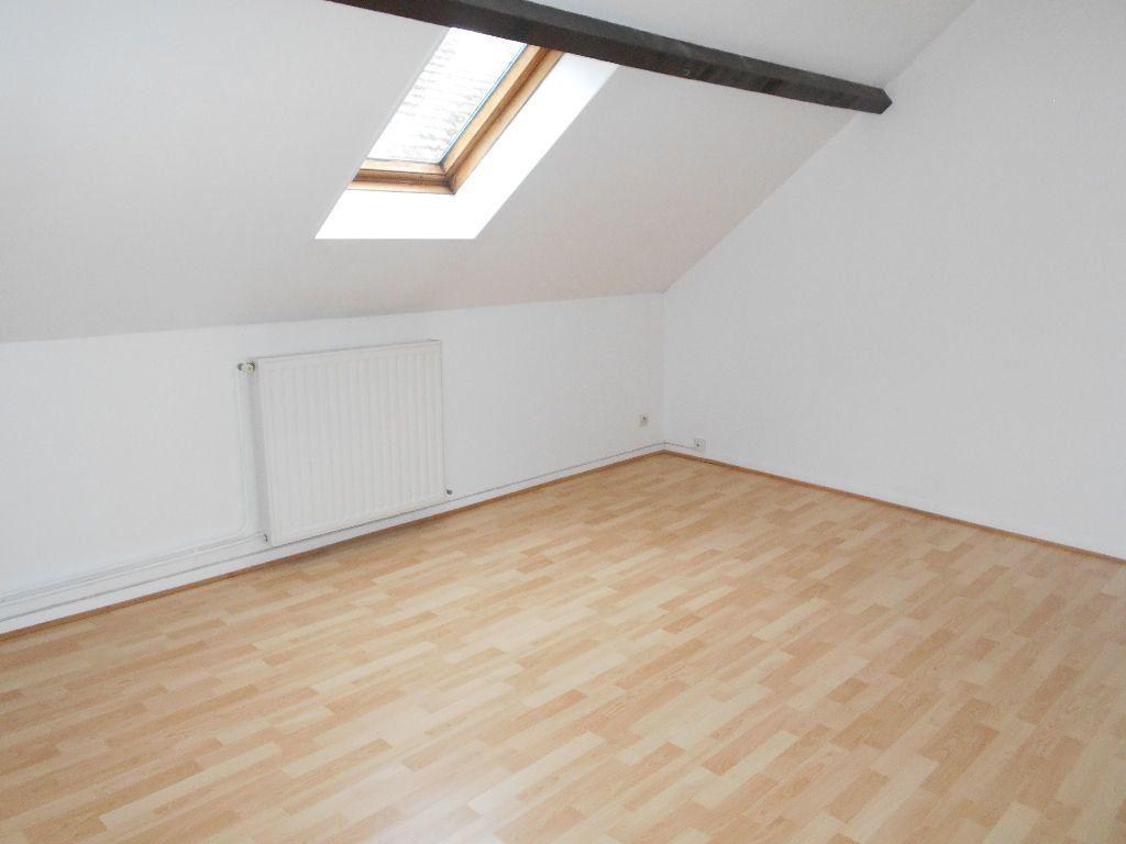 Appartement à louer 4 77m2 à Jouarre vignette-2