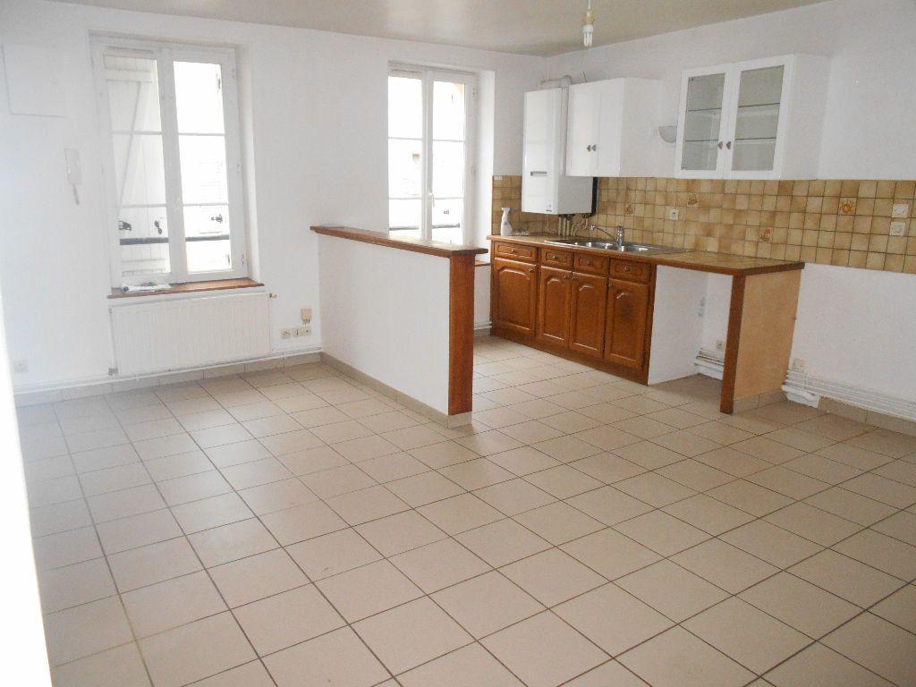 Appartement à louer 4 77m2 à Jouarre vignette-3