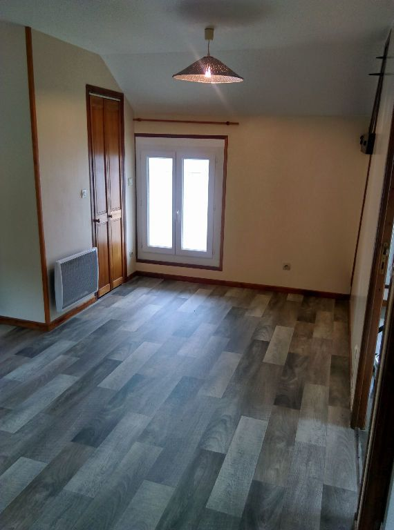 Appartement à louer 3 53.42m2 à La Ferté-sous-Jouarre vignette-1