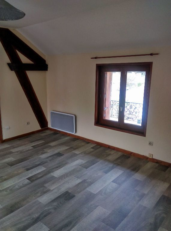 Appartement à louer 3 53.42m2 à La Ferté-sous-Jouarre vignette-3