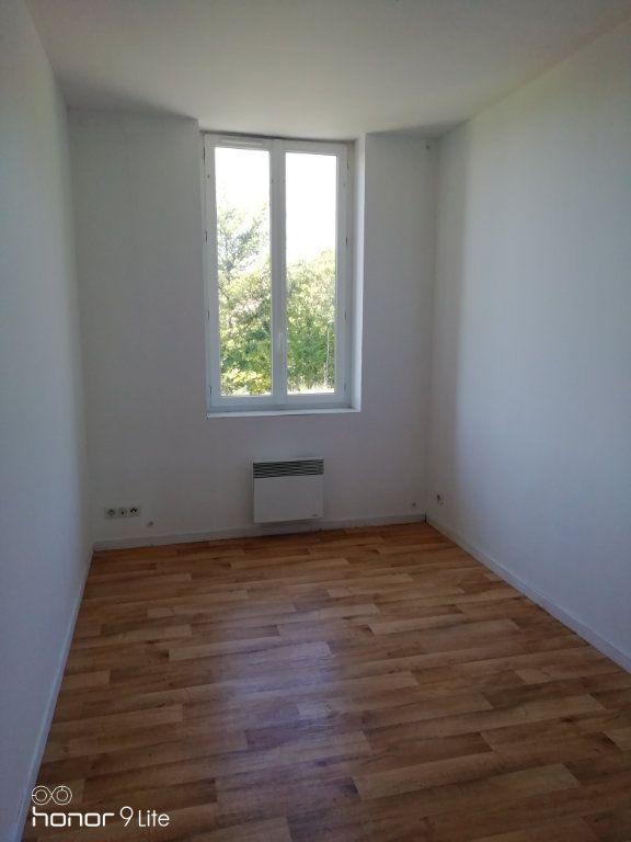 Appartement à louer 3 37.2m2 à La Ferté-sous-Jouarre vignette-6
