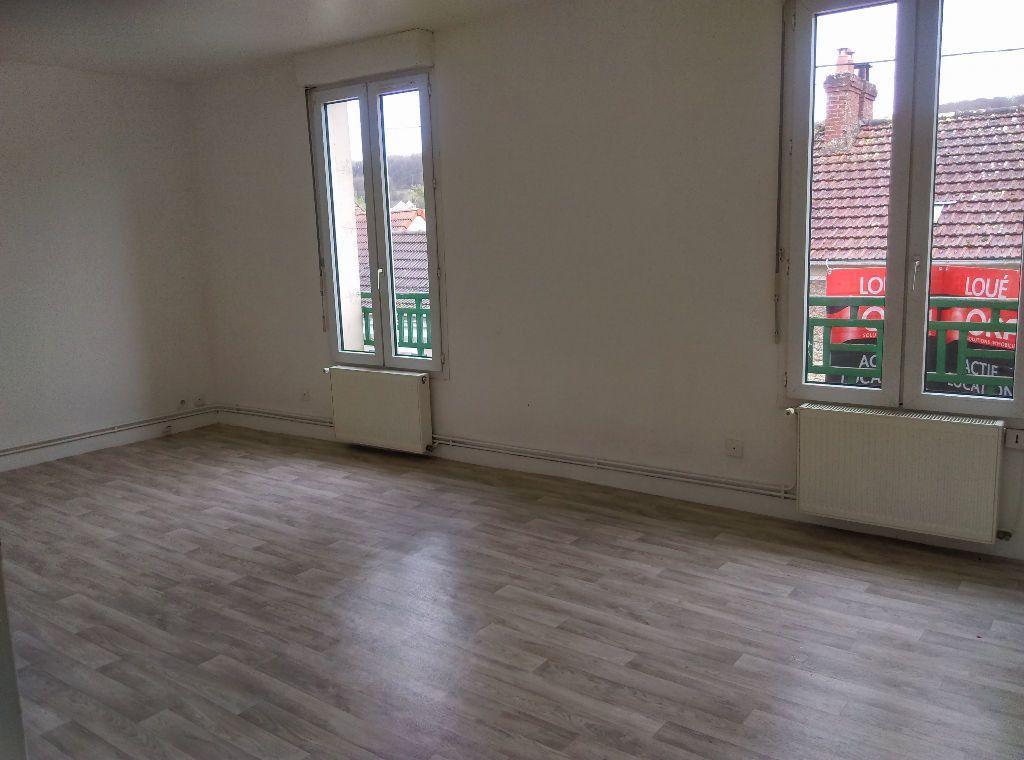 Appartement à louer 2 46.73m2 à La Ferté-sous-Jouarre vignette-1