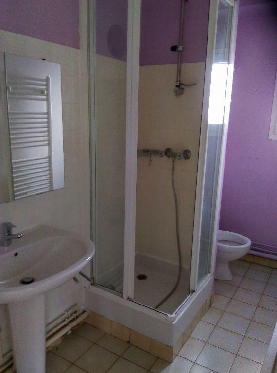 Appartement à louer 2 46.73m2 à La Ferté-sous-Jouarre vignette-4