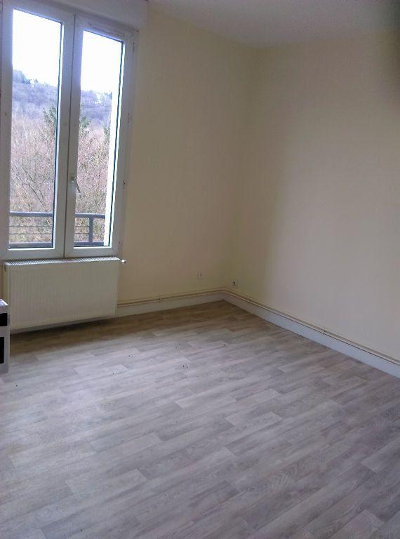 Appartement à louer 2 46.73m2 à La Ferté-sous-Jouarre vignette-5
