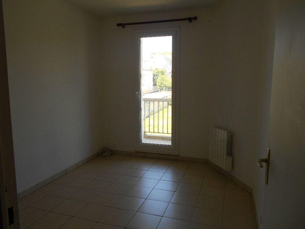 Appartement à louer 4 88m2 à La Ferté-sous-Jouarre vignette-5